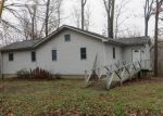 Foreclosed Home in Carbondale 62902 BLUEJAY LN - Property ID: 3750635142
