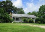 Foreclosed Home in Benton 72019 POINT VIEW RD - Property ID: 3750894433