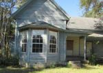 Foreclosed Home in Blountstown 32424 SE PEAR ST - Property ID: 3751958269