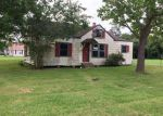 Foreclosed Home in El Campo 77437 E CHURCH ST - Property ID: 3753387828