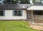 Foreclosed Home in Natchez 39120 MOUNT CARMEL DR - Property ID: 3754869485