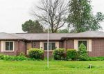 Foreclosed Home in Avon 46123 OAKRIDGE DR - Property ID: 3756826351