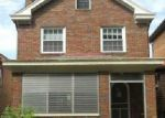 Foreclosed Home in Pittsburgh 15210 LUCINA AVE - Property ID: 3757080377