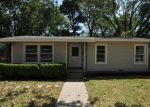 Foreclosed Home in Arlington 76012 DRUMMOND DR - Property ID: 3762619435