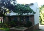 Foreclosed Home in Pittsburgh 15236 SYLVANIA DR - Property ID: 3763316243