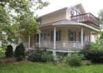 Foreclosed Home in Momence 60954 N MAPLE ST - Property ID: 3767979357