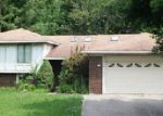 Foreclosed Home in Farmington 48335 COLFAX DR - Property ID: 3768306981