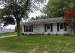 Foreclosed Home in Peoria 61615 N DEVONSHIRE DR - Property ID: 3770802990