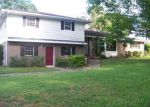 Foreclosed Home in Lakeland 33813 ORANGE VALLEY DR - Property ID: 3772321435