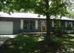 Foreclosed Home in Topeka 66609 S HUMBOLDT ST - Property ID: 3772654286