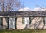 Foreclosed Home in Carbondale 62901 N WALL ST - Property ID: 3776376189