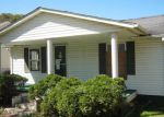 Foreclosed Home in Richlands 24641 PRATER DR - Property ID: 3777384411