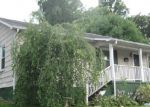 Foreclosed Home in Kingsport 37660 HOLLY ST - Property ID: 3777806628