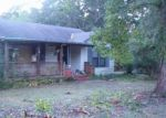 Foreclosed Home in Fort Deposit 36032 BATES RD - Property ID: 3779179676