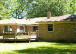 Foreclosed Home in Grand Rapids 49504 CLOVER DR NW - Property ID: 3780363515