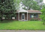 Foreclosed Home in Louisville 40272 RIVERDALE RD - Property ID: 3781686188
