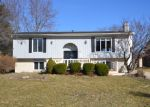 Foreclosed Home in Decatur 62526 HUSTON HILLS RD - Property ID: 3782244169