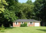 Foreclosed Home in Lafayette 37083 GREENWOOD DR - Property ID: 3787170503