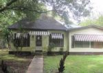 Foreclosed Home in Alvin 77511 N BEAUREGARD ST - Property ID: 3788337711