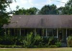 Foreclosed Home in Anniston 36207 AL HIGHWAY 9 - Property ID: 3791437241