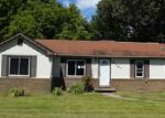 Foreclosed Home in Paducah 42001 GAYLE LN - Property ID: 3794360280