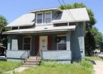 Foreclosed Home in Newton 50208 S 4TH AVE E - Property ID: 3794576201