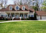 Foreclosed Home in Hiawassee 30546 CEDAR CLIFF RD - Property ID: 3795182359
