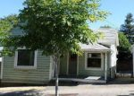 Foreclosed Home in Oregon City 97045 7TH ST - Property ID: 3796483584