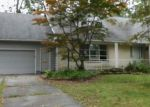Foreclosed Home in Fort Wayne 46815 INWOOD DR - Property ID: 3797661292