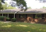 Foreclosed Home in Jesup 31546 CHESTNUT DR - Property ID: 3797988915