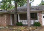 Foreclosed Home in Eureka Springs 72632 MARTZ CIR - Property ID: 3799367646