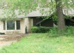 Foreclosed Home in Paris 75462 MEADOWLARK LN - Property ID: 3800136730