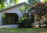 Foreclosed Home in Bonneau 29431 BLACK OAK RD - Property ID: 3801293411