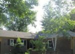 Foreclosed Home in Grand Rapids 49508 EFFINGHAM DR SE - Property ID: 3801375313