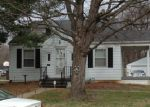 Foreclosed Home in Belleville 62226 VERNIER AVE - Property ID: 3804070612