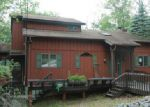 Foreclosed Home in Bushkill 18324 TOTTERIDGE RD - Property ID: 3805440591