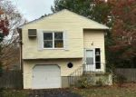 Foreclosed Home in Shirley 11967 LOUGHLIN DR - Property ID: 3805761632