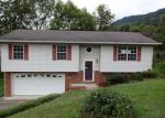 Foreclosed Home in Kingsport 37660 CHIPPENDALE RD - Property ID: 3808982937