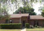 Foreclosed Home in Garland 75043 BENTLEY DR - Property ID: 3809114766