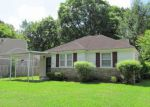 Foreclosed Home in Memphis 38111 DUNN RD - Property ID: 3810297726