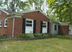 Foreclosed Home in Southfield 48076 BAINBRIDGE DR - Property ID: 3815342751