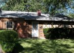Foreclosed Home in Chicago Heights 60411 OLIVIA AVE - Property ID: 3816793760