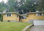 Foreclosed Home in Bloomfield 06002 FOOTHILLS WAY - Property ID: 3817403409
