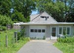 Foreclosed Home in Bridgeport 06606 PALMETTO RD - Property ID: 3817515533