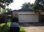 Foreclosed Home in Houston 77082 SUMMIT VALLEY DR - Property ID: 3821475698
