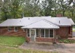Foreclosed Home in Talladega 35160 TAYLORS MILL RD - Property ID: 3822918379