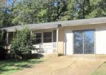 Foreclosed Home in Cherokee Village 72529 IUKA DR - Property ID: 3823225401
