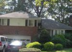 Foreclosed Home in Westbury 11590 SHARON LN - Property ID: 3824369384