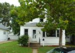Foreclosed Home in Wood River 62095 E PENNING AVE - Property ID: 3825237899