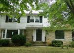Foreclosed Home in Cleveland 44118 HADLEIGH RD - Property ID: 3825668421